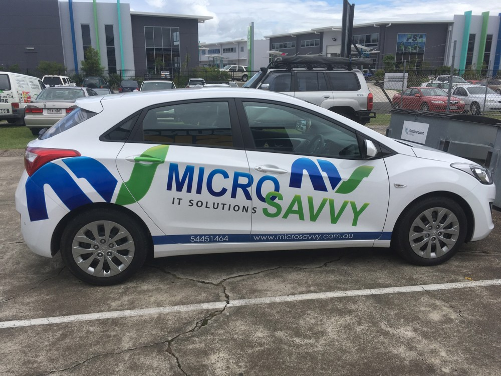 micro-savvy-car-sign-2