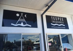 Shopfront sign Teepee Treasures